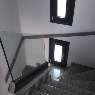 Κάγκελο για εξωτερική σκάλα