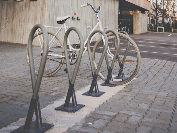 θέση σταθμευσης ποδηλάτου